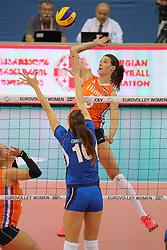 28-09-2017 AZE: CEV European Championship Italie - Nederland, Baku<br /> Nederland wint met 3-0 van Italie en staat in de halve finale / Robin de Kruijf #5 of Netherlands