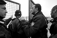 Centro di accoglienza allestito a Manduria in provincia di Taranto, nelle campagne sulla strada per Oria (Br).