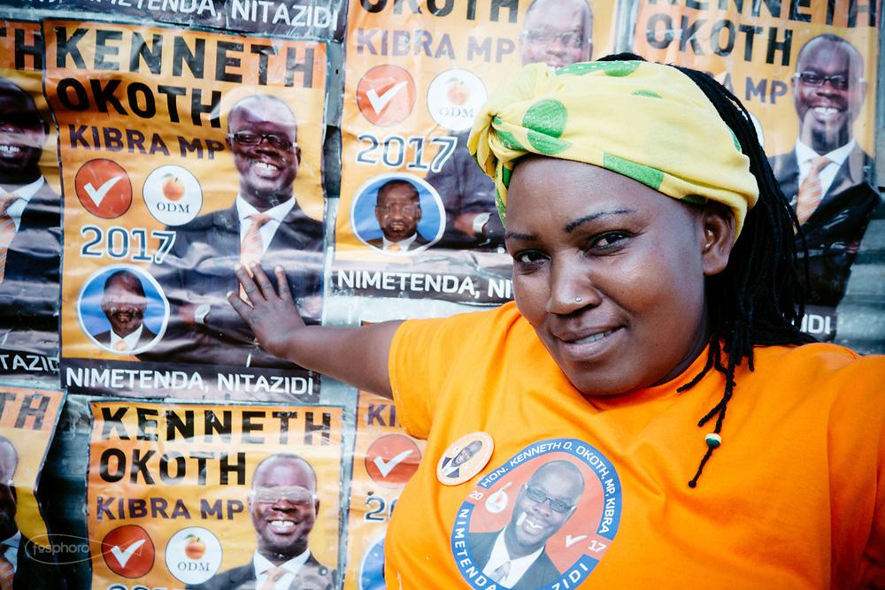 Kenia 2017: Una manifestante del partito Orange alle primarie per le elezioni presidenziali #vote #orange