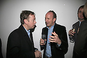 Geordie Greig and Simon Sebag-Montefiore, India Hicks And Crabtree & Evelyn launch new skincare range. : Hempel Hotel, 31-35 Craven Hill Gardens, London, W2, 22 November 2006. ONE TIME USE ONLY - DO NOT ARCHIVE  © Copyright Photograph by Dafydd Jones 66 Stockwell Park Rd. London SW9 0DA Tel 020 7733 0108 www.dafjones.com