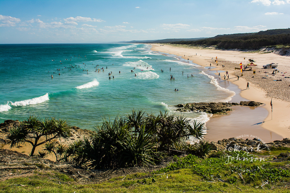 Holiday beach-goers, Main Beach, North Stradbroke Island, Queensland, Australia