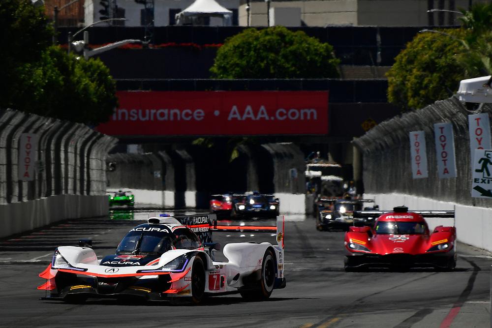 #7 Acura Team Penske Acura DPi, P: Helio Castroneves, Ricky Taylor<br /> Saturday 14 April 2018<br /> BUBBA burger Sports Car Grand Prix at Long Beach<br /> Verizon IndyCar Series<br /> Streets of Long Beach CA USA<br /> World Copyright: Scott R LePage<br /> LAT Images