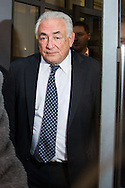 Dominique Strauss Kahn quitte son h&ocirc;tel &agrave; Lille pour se rendre au tribunal, dans le cadre du proc&egrave;s de prox&eacute;n&eacute;tisme aggrav&eacute; dit de &quot;l'affaire du Carlton&quot;. Le 17 f&eacute;vrier 2015 <br /> Former IMF chief Dominique Strauss-Kahn leaves his hotel on February 17, 2015, in the northern French city of Lille to attend a session on the third week of the so-called &quot;Lille Carlton Hotel Case&quot; trial. On february 17th 2015