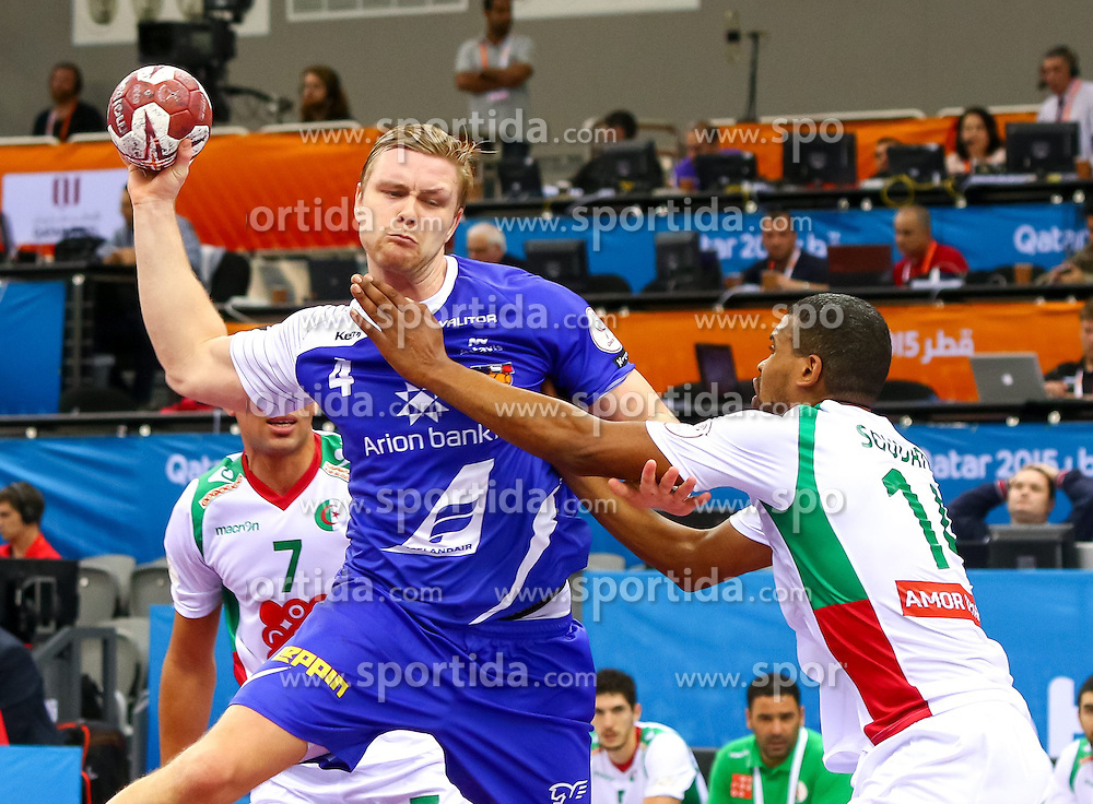 18.01.2015, Ali Bin Hamad Al Attiyah Arena, Doha, QAT, IHF, Handball Weltmeisterschaft der Herren, Gruppe C, Island vs Algerien, im Bild Aron Palmarsson (ISL) // during the IHF Handball World Championship group C match between Iceland and Algeria at the Ali Bin Hamad Al Attiyah Arena, Doha, Qatar on 2015/01/18. EXPA Pictures © 2015, PhotoCredit: EXPA/ Sebastian Pucher