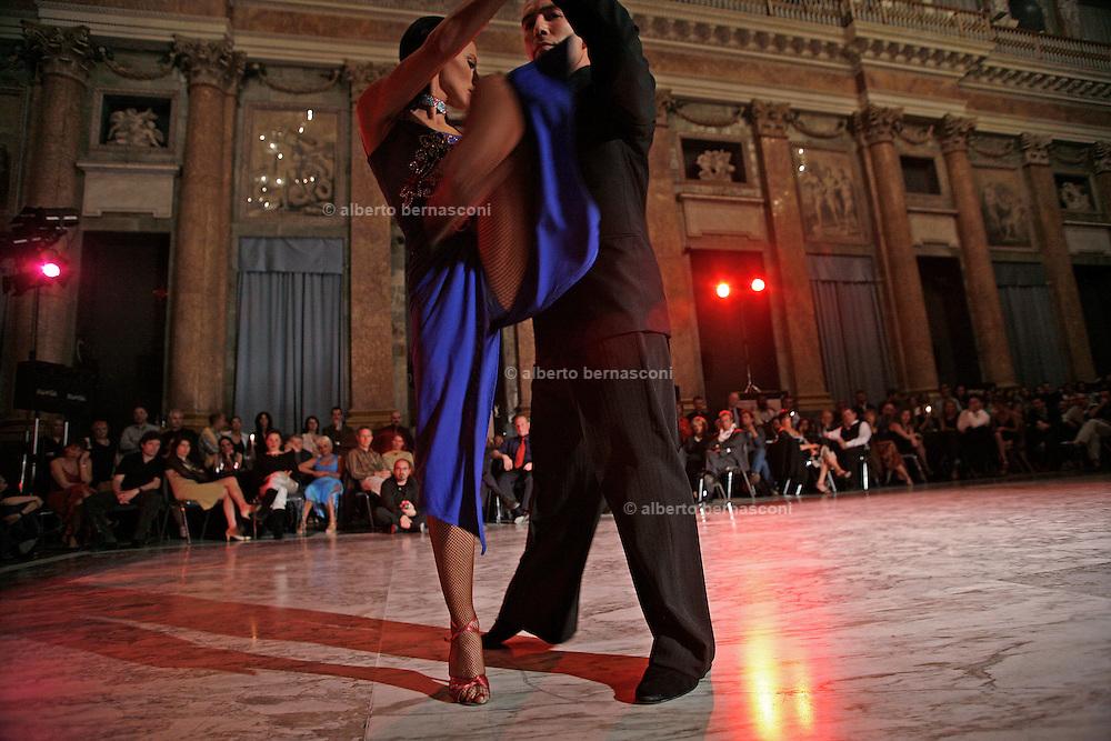 Italy, Genoa, Tango Festival:  , the night dance in the main hall,