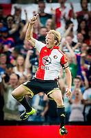 ROTTERDAM - Feyenoord - Vitesse , Voetbal , Seizoen 2015/2016 , Eredivisie , De Kuip , 23-08-2015 , Speler van Feyenoord Dirk Kuyt viert de 1-0 die hij scoort uit een penalty