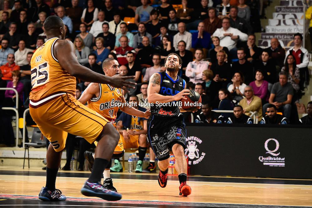 Derrick NIX / Marc Antoine PELLIN / Michael THOMPSON - 07.12.2014 - Orleans / Rouen - 11eme journee de Pro A<br />Photo : Fred Porcu / Icon Sport