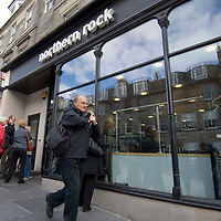 London Jan 22 - 4500 Staff at Northern Rock to receive tomorrow 10% of their salary as bonus under an agreement approved by Treasury last year<br /> File picture shows Customers wait in line to remove their savings from a branch of The Northern Rock bank on September 17, 2007 in Edinburgh, Scotland. <br /> <br /> <br /> ***Standard Licence NUJ Fee's Apply To All Image Use***<br /> XianPix Pictures  Agency <br />  tel +44 (0) 845 050 6211<br />  e-mail sales@xianpix.com <br /> www.xianpix.com