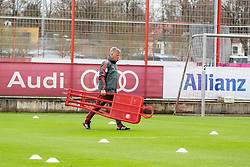 14.03.2019, Säbener Strasse, Muenchen, GER, 1. FBL, FC Bayern Muenchen vs 1. FSV Mainz 05, Training, im Bild CO Trainer Perter Hermann (FC Bayern) // during a trainings session before the German Bundesliga 26th round match between FC Bayern Muenchen and 1. FSV Mainz 05 at the Säbener Strasse in Muenchen, Germany on 2019/03/14. EXPA Pictures © 2019, PhotoCredit: EXPA/ Lukas Huter