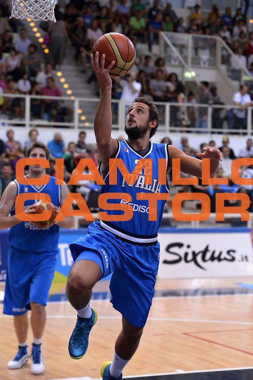 DESCRIZIONE : Trento Basket Cup 2013 Italia Polonia<br /> GIOCATORE : Marco Belinelli<br /> CATEGORIA : Tiro<br /> SQUADRA : Nazionale Italia Uomini Maschile<br /> EVENTO : Trento Basket Cup 2013 Italia Polonia<br /> GARA : Italia Polonia<br /> DATA : 09/08/2013<br /> SPORT : Pallacanestro<br /> AUTORE : Agenzia Ciamillo-Castoria/GiulioCiamillo<br /> Galleria : FIP Nazionali 2013<br /> Fotonotizia : Trento Basket Cup 2013 Italia Polonia<br /> Predefinita :