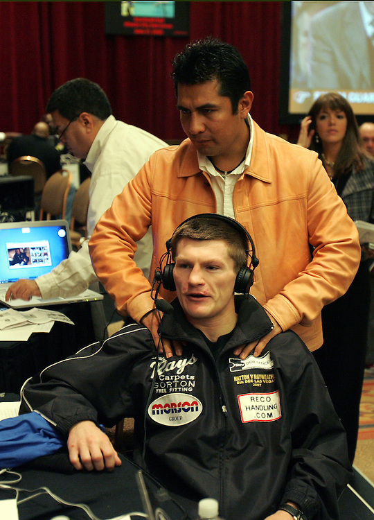 Marco Antonio Barrera massages Ricky Hatton's shoulders. Ricky Hatton v Floyd Mayweather, Las Vegas, Nevada.