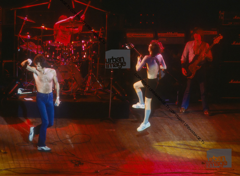 AC/DC Live in London - Angus Young 1978