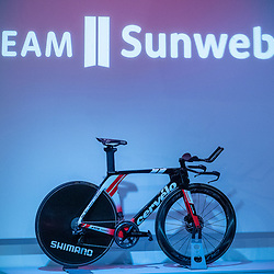 10-12-2019: Wielrennen: Teampresentatie Sunweb: Amsterdam<br />