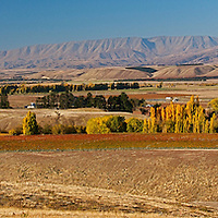 Wanaka Road the heart of Wine country of Central Otago, New Zealand
