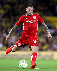 Lee Tomlin of Bristol City passes the ball - Mandatory by-line: Robbie Stephenson/JMP - 16/08/2016 - FOOTBALL - Carrow Road - Norwich, England - Norwich City v Bristol City - Sky Bet Championship