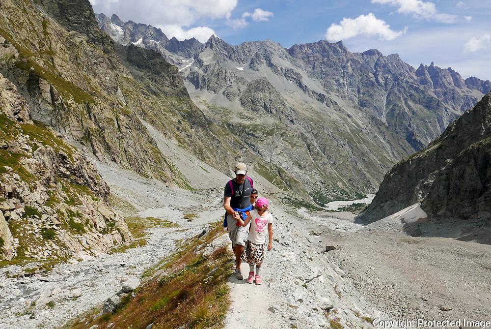 August 15, 2017 - 13:30<br /> France, Ecrins - Glacier Noir