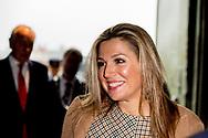 HALFWEG - Koningin Maxima is bij het derde Jaarevent nlgroeit in de voormalige suikerfabriek Sugar City. Nlgroeit is een platform dat ondernemers uit het midden- en kleinbedrijf ondersteunt bij het realiseren van hun groeiambities. ANP ROYAL IMAGES ROBIN UTRECHT