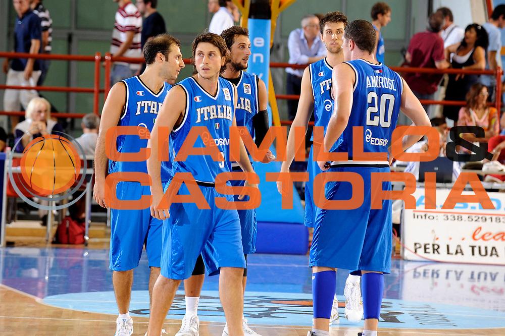 DESCRIZIONE : Porto San Giorgio Eurobasket Men 2009 Additional Qualifying Round Italia Finlandia<br /> GIOCATORE : Andrea Bargnani Marco Belinelli<br /> SQUADRA : Italia Italy Nazionale Italiana Maschile<br /> EVENTO : Eurobasket Men 2009 Additional Qualifying Round <br /> GARA : Italia Finlandia Italy Finland<br /> DATA : 20/08/2009 <br /> CATEGORIA :  delusione<br /> SPORT : Pallacanestro <br /> AUTORE : Agenzia Ciamillo-Castoria/G.Ciamillo