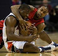 20081109 NBA Raptors v Bobcats