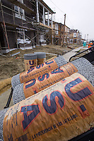 SAN RAMON, CA - DECEMBER 28:   Workers work on a new home development on December 28, 2007 in San Ramon, California. The Commerce Department reported December 28 that the sales of new homes in the US dropped to the lowest level in 12 years for the month of November.  (Photograph by David Paul Morris)