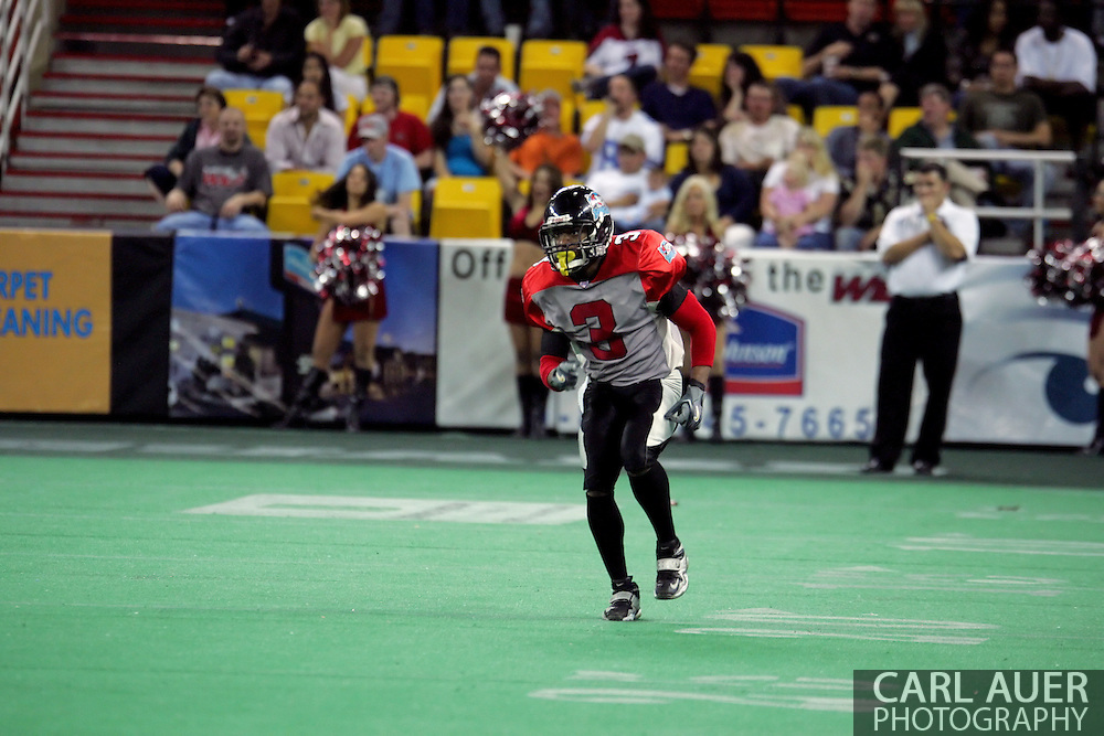 6-28-2007: Anchorage, AK - Barracuda Olan Coleman heads down the field on defense as the CenTex Barracudas hand the Alaska Wild another loss 53-47 as the Barracudas make the trip up to Alaska.