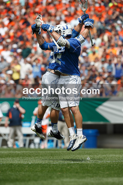 2013 May 27: Josh Offit #25 of the Duke Blue Devils during a 16-10 win over the Syracuse Orange to win the NCAA national championship at Lincoln Financial Field in Philadelphia, PA.