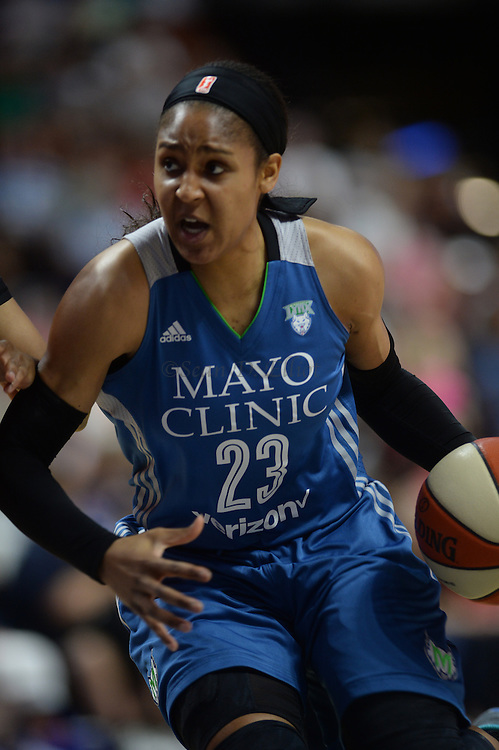 7/7/16 :: SPORTS :: GRIFFEN :: Connecticut Minnesota in WNBA action Thursday, July 7, 2016 at Mohegan Sun Arena. (Sean D. Elliot/The Day)