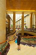 Singapore. Fullerton Hotel. The atrium lobby.