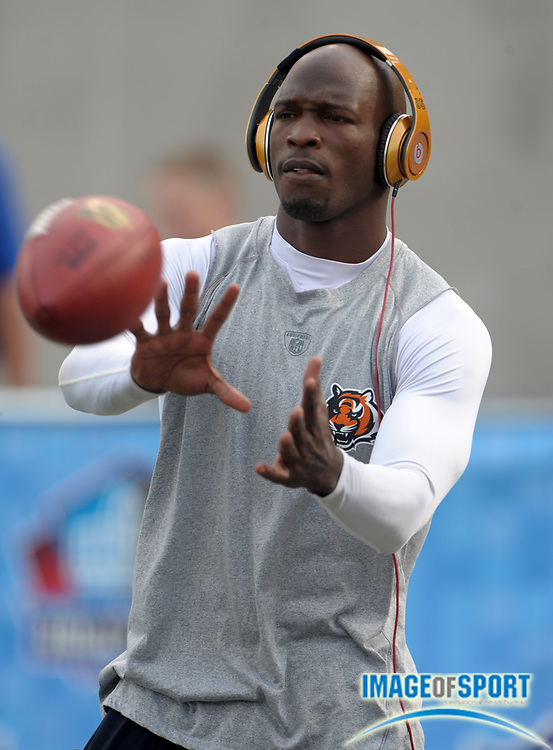Aug 8, 2010; Canton, OH, USA; Cincinnati Bengals receiver Chad Ochocinco (85) before the preseason game against the Dallas Cowboys at Fawcett Stadium. Photo by Image of Sport