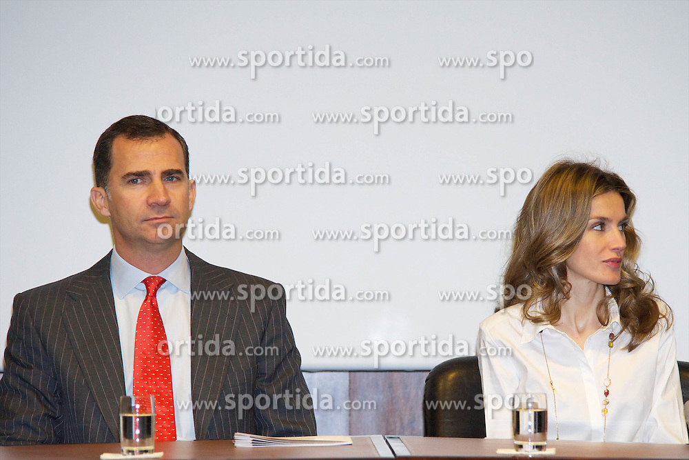 "03.05.2011, Mapfre Foundation in Madrid, ESP, Accreditation ceremony of the 4 th Promotion of ""Honorary Ambassadors Spain Brand"", im Bild Prince Felipe of Spain and Princess Letizia of Spain attends the Accreditation ceremony of the 4 th Promotion of ""Honorary Ambassadors Spain Brand"" at Mapfre Foundation in Madrid. EXPA Pictures © 2011, PhotoCredit: EXPA/ Alterphotos/ ALFAQUI +++++ ATTENTION - OUT OF SPAIN / ESP +++++"