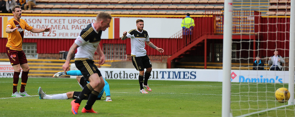 Motherwell v Aberdeen Scottish Premiership 15 August 2015; Jonny Hayes (Aberdeen 11) is delighted as Niall McGinn (Aberdeen 10) puts over a cross which everyone misses and goes in off the back post during the Motherwell v Aberdeen Scottish Premiership match played at Fir Park Stadium, Edinburgh; <br /> <br /> &copy; Chris McCluskie | SportPix.org.uk