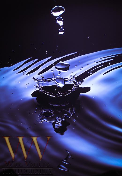 Water drop impact splash