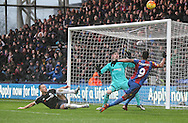Fraizer Campbell of Crystal Palace has a glorious chance to open the scoring during the Barclays Premier League match between Crystal Palace and Chelsea at Selhurst Park, London, England on 3 January 2016. Photo by Ken Sparks.