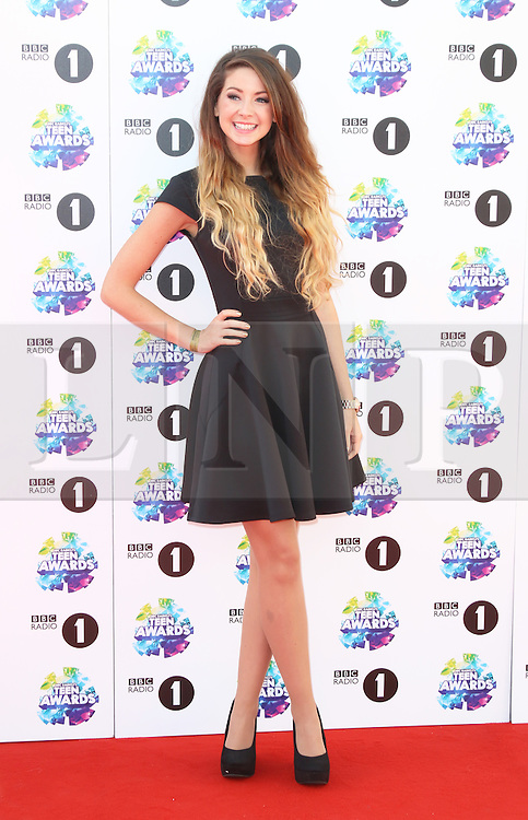 Zoella, BBC Radio 1 Teen Awards, Wembley Arena, London UK, 03 November 2013, Photo by Richard Goldschmidt © Licensed to London News Pictures. Photo credit : Richard Goldschmidt/Piqtured/LNP