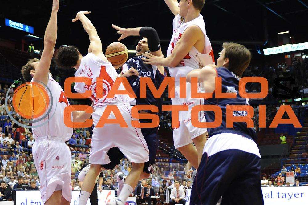 DESCRIZIONE : Milano Lega A 2008-09 Playoff Semifinali Gara 1 Armani Jeans Milano Angelico Biella<br /> GIOCATORE : Pietro Aradori<br /> SQUADRA : Angelico Biella<br /> EVENTO : Campionato Lega A 2008-2009 <br /> GARA : Armani Jeans Milano Angelico Biella<br /> DATA : 29/05/2009<br /> CATEGORIA : super tiro<br /> SPORT : Pallacanestro <br /> AUTORE : Agenzia Ciamillo-Castoria/M.Marchi