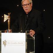 NLD/Bussum/20051212 - Uitreiking Gouden Beelden 2005,  carriere award voor Piet Römer