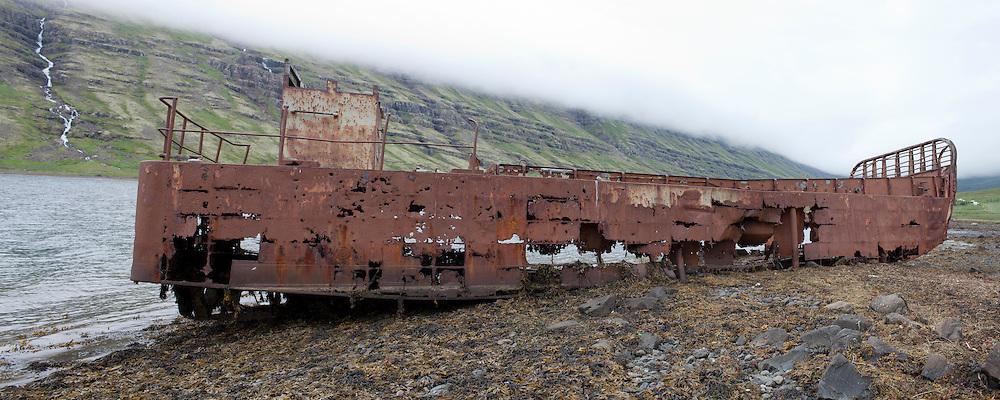 wrecked ship in Mjoifjordur, Iceland -Skipsflak í fjöru í Mjóafirði