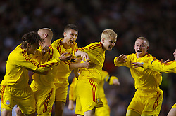 Manchester, England - Thursday, April 26, 2007: Liverpool's Robbie Threlfall celebrates scoring the opening goal against Manchester United to level the tie 2-2 during the FA Youth Cup Final 2nd Leg at Old Trafford. L-R: Astrit Ajdarevic, Michael Burns, Craig Lindfield, Robbie Threlfall, Ray Putterill. (Pic by David Rawcliffe/Propaganda)