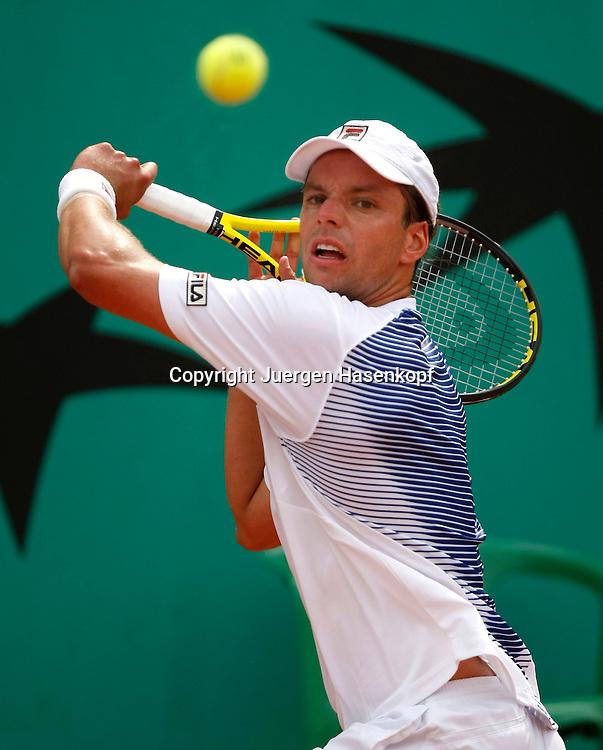French Open 2010, Roland Garros, Paris, Frankreich,Sport, Tennis, ITF Grand Slam Tournament, .Horacio Zeballos (ARG) ..Foto: Juergen Hasenkopf..