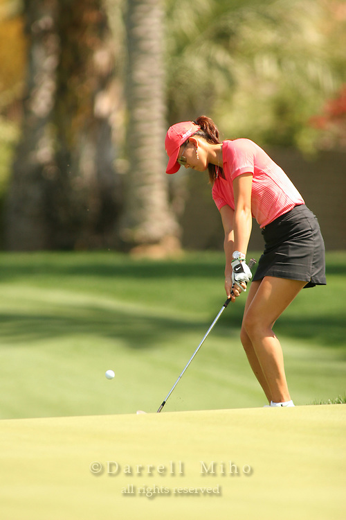 Apr. 2, 2006; Rancho Mirage, CA, USA; Michelle Wie chips on to the green during the final round of the Kraft Nabisco Championship at Mission Hills Country Club. ..Mandatory Photo Credit: Darrell Miho.Copyright © 2006 Darrell Miho .