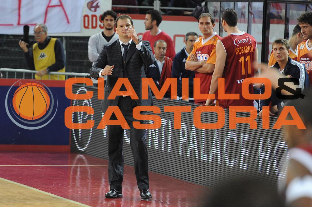 DESCRIZIONE : Roma Lega A 2009-10 Basket Lottomatica Virtus Roma Air Avellino<br /> GIOCATORE : Ferdinando Gentile<br /> SQUADRA : Lottomatica Virtus Roma<br /> EVENTO : Campionato Lega A 2009-2010<br /> GARA : Lottomatica Virtus Roma Air Avellino<br /> DATA : 25/10/2009<br /> CATEGORIA : delusione<br /> SPORT : Pallacanestro<br /> AUTORE : Agenzia Ciamillo-Castoria/G.Ciamillo