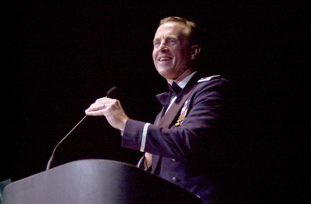 16699Alumni Awards Gala: Homecoming Banquet Fall 2004