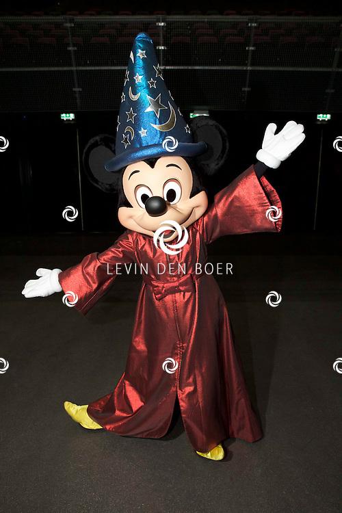 AMSTERDAM ZIGGO DOME - Op tweede kerstdag presenteert Disney in samenwerking met het Metropole orkest 'Fantasia Live in Concert'. Met hier op de foto Mickey Mouse. FOTO LEVIN DEN BOER - PERSFOTO.NU