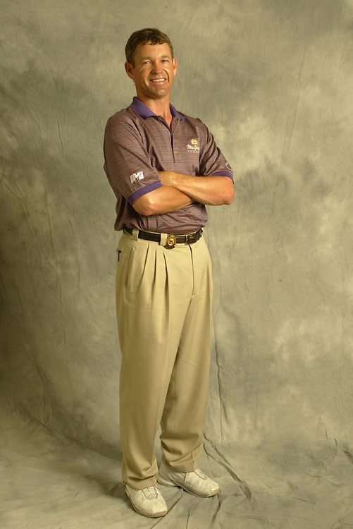 Lee Janzen..2003 PGA Championship..Oak Hill CC..Rochester, NY..Thursday, August 14  2003..photograph by Darren Carroll