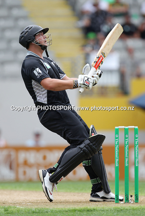 Jesse Ryder batting during the 6th ODI, Black Caps v Pakistan, One Day International Cricket. Eden Park, Auckland, New Zealand. Saturday 5 February 2011. Photo: Andrew Cornaga/photosport.co.nz