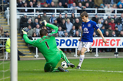 NEWCASTLE, ENGLAND - Saturday, March 5, 2011: Everton's Seamus Coleman is denied by Newcastle United's goalkeeper Steve Harper during the Premiership match at St. James' Park. (Photo by David Rawcliffe/Propaganda)