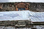 Pompei, Italia - 10 novembre 2010. Una delle tante domus del sito archeologico di Pompei chiuse al pubblico.<br /> Ph. Roberto Salomone Ag. Controluce<br /> ITALY - A view of one of the many roman houses closed to the public inside the archeological site of Pompeii on November 10, 2010.