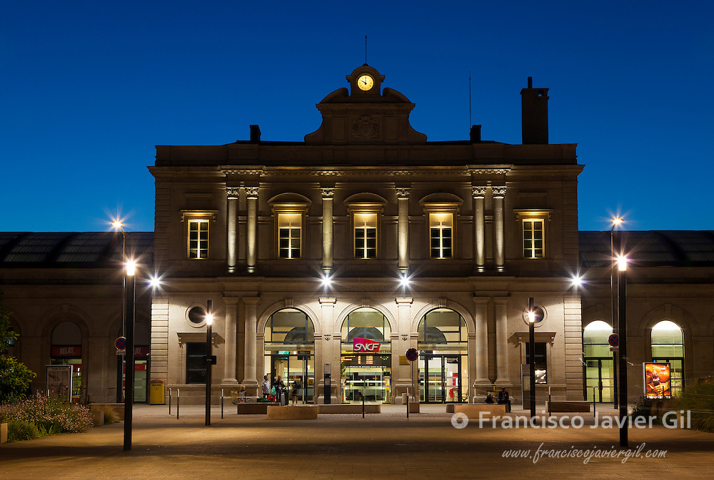 Railway train station, Reims, Marne, Champagne-Ardenne, France