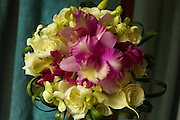 purple orchid bouquet, white rose bouquet flowers costa rica, Photographers in Costa Rica, getting married in costa rica, costa rica marriage requirements, costa rica photography, costa rica marriage traditions, wedding cr