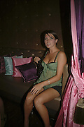 Holly Davidson. ( Sadie Frost's sister) POUTÍS 5TH BIRTHDAY PARTY, Cuckoo Club, London. 18 July 2006. ONE TIME USE ONLY - DO NOT ARCHIVE  © Copyright Photograph by Dafydd Jones 66 Stockwell Park Rd. London SW9 0DA Tel 020 7733 0108 www.dafjones.com